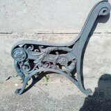 Iron cast side of wooden bench 03